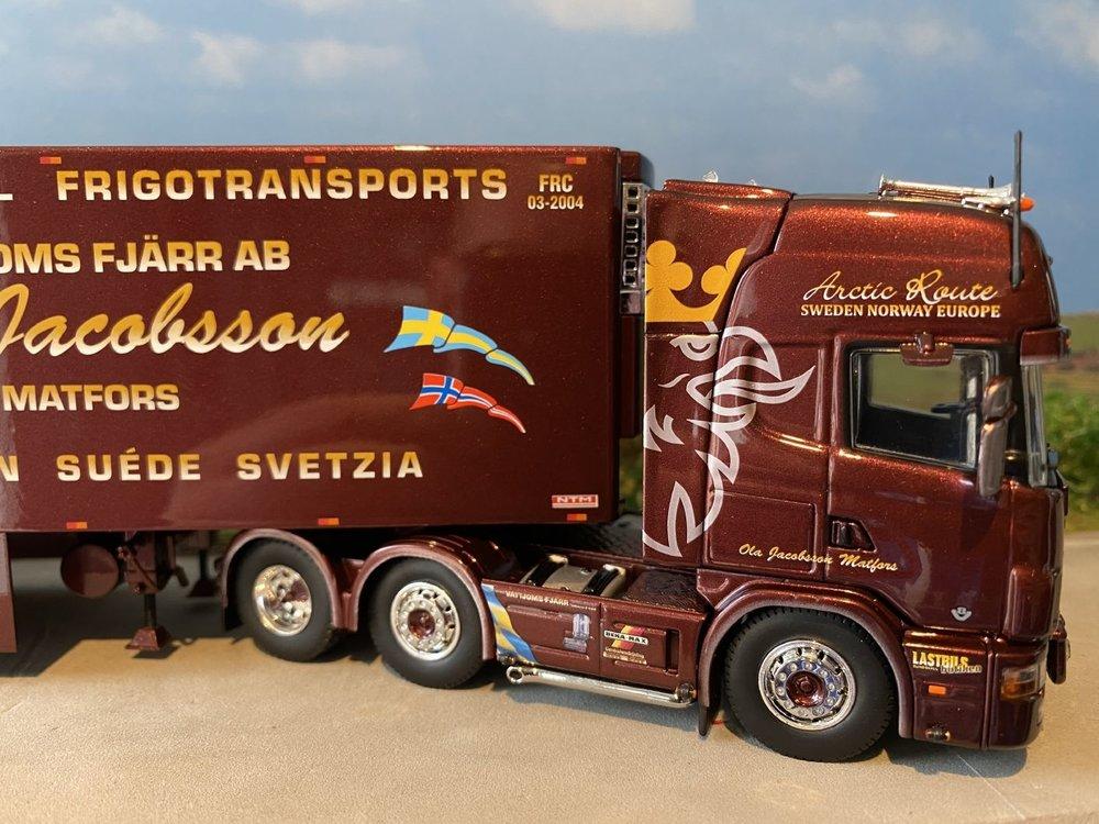 Tekno Tekno Scania 4-serie Topline met 3-assige NTM koeloplegger Ola Jacobssen