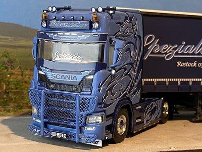 WSI WSI Scania S met schuifzeilen oplegger Schumacher