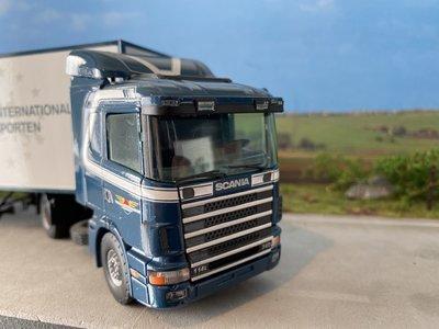 Tekno Tekno Scania 114L met gesloten oplegger D.J. Middelkoop