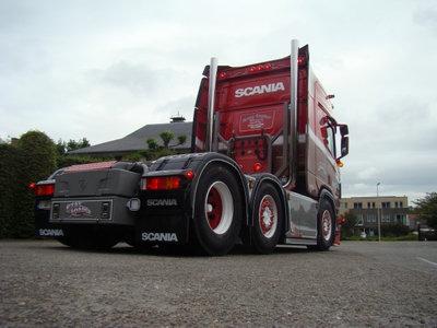 Tekno Tekno Scania Next Gen R-serie Highline 6x2 Ronny Ceusters