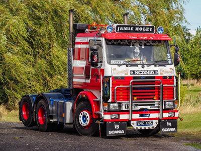 Tekno Tekno Scania 2-serie 6x2 sleepas Jamie Holey