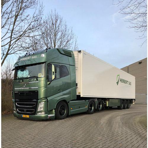 WSI WSI Volvo FH4 Glob. XXL 6x2 reefer trailer 3-axle Herbert Sas