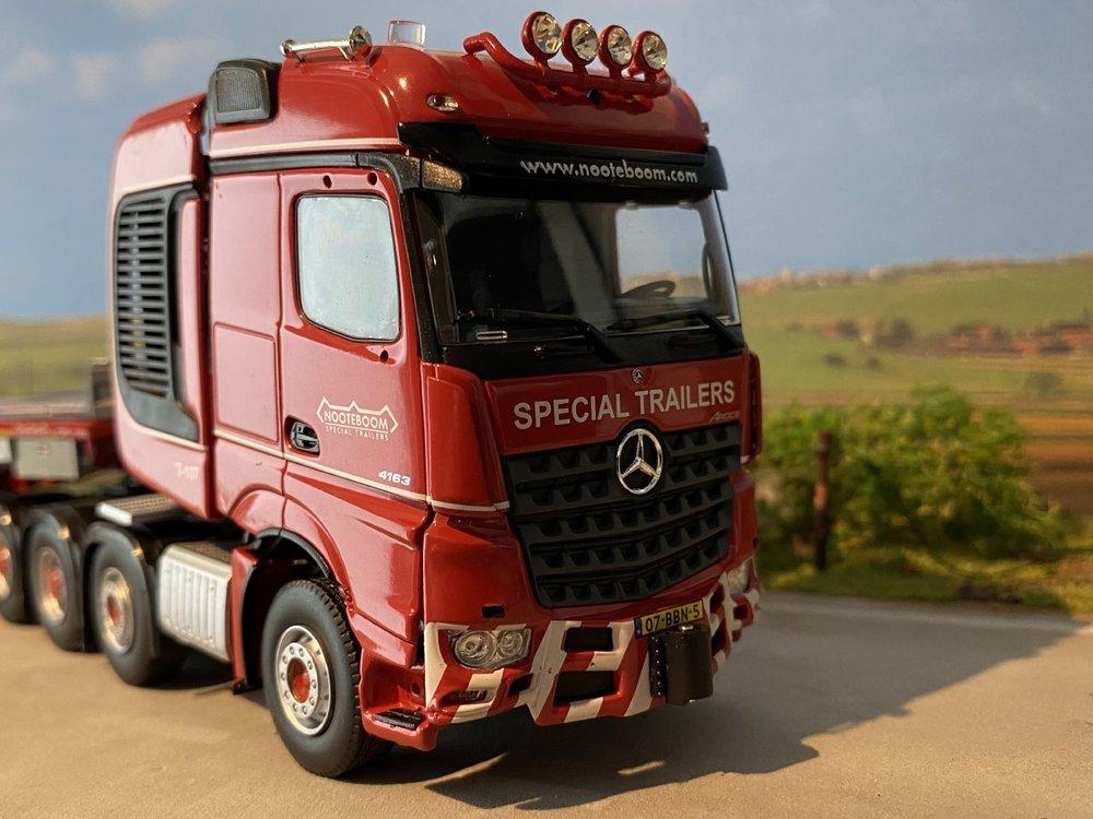 IMC IMC  Mercedes Arocs 8x4 - MCO-PX 2+6 semi lowloader Nooteboom redline