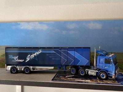 Tekno Tekno Scania 2-serie 6x2 met gesloten oplegger Svempas Star - truck