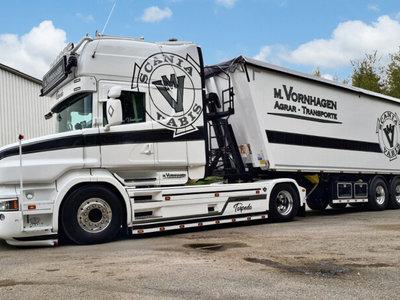 WSI WSI Scania T6 Torpedo 4x2 met 3-assige volume kipper M. Vornhagen