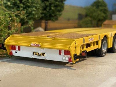 Tematoys Tematoys Scania 144G/530 6x2 with lowloader Nederhoff