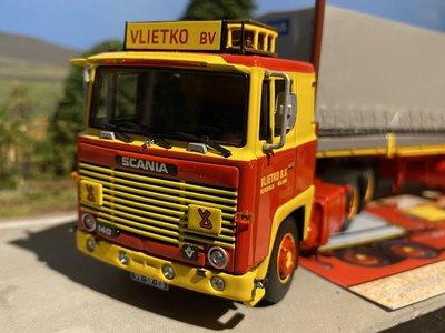 Tekno Tekno Scania 141 met 2-assige huifoplegger Vlietko