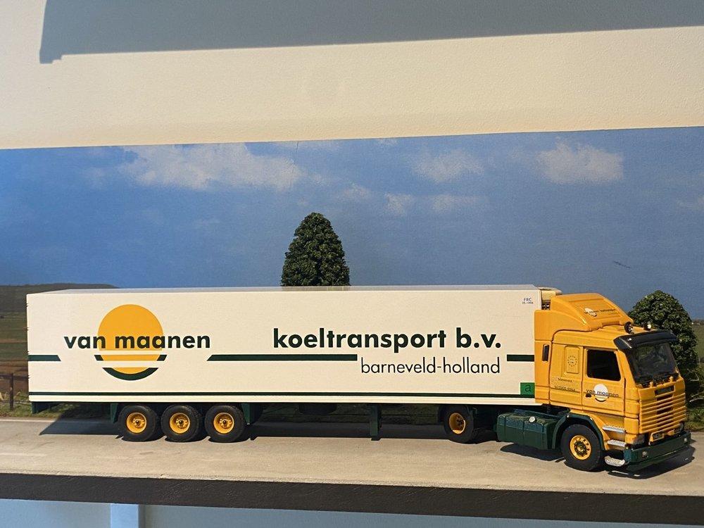 Tekno Tekno Scania 143M/450 2 as Trekker met 3 as Koeloplegger van Maanen