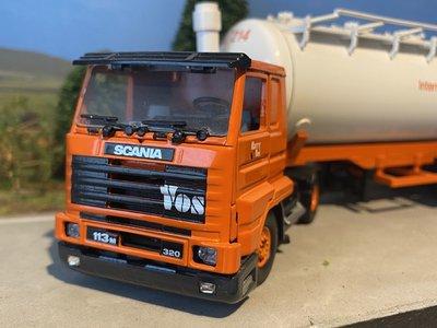Tekno Tekno Scania 113M/320 streamliner 2 as Trekker met 3 as Bulktankoplegger Vos Logistics