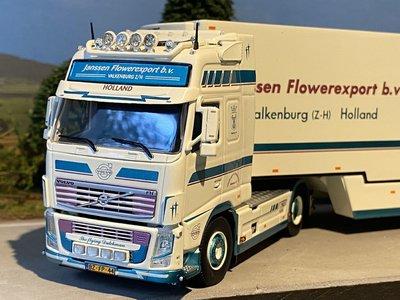 Tekno Tekno Volvo FH03 Globetrotter 4x2 met zwanenhals koeloplegger Janssen Flowerexport