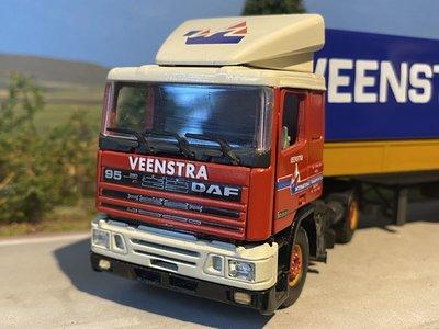 Tekno Tekno DAF 95 / 380 2 as Trekker met 3 as Huifoplegger Veenstra