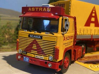 Tekno Tekno Scania 1-Serie met klassieke huifoplegger Astran