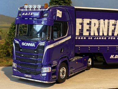 Tekno Tekno Scania S-serie Highline met schuifzeilen oplegger HDTV Logistic / Fernfahrer