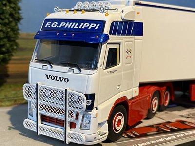 Tekno Tekno Volvo FH02 Globetrotter XL trekker 6x2 met koeloplegger Philippi