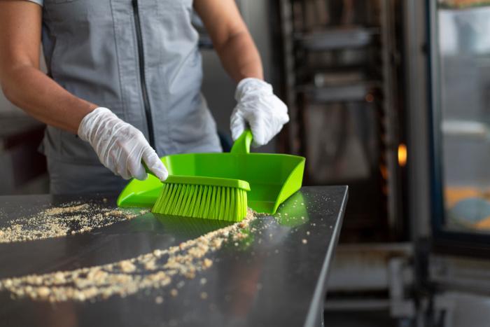 handwischer-kehrschaufel-reinigungsgeraet-vikan