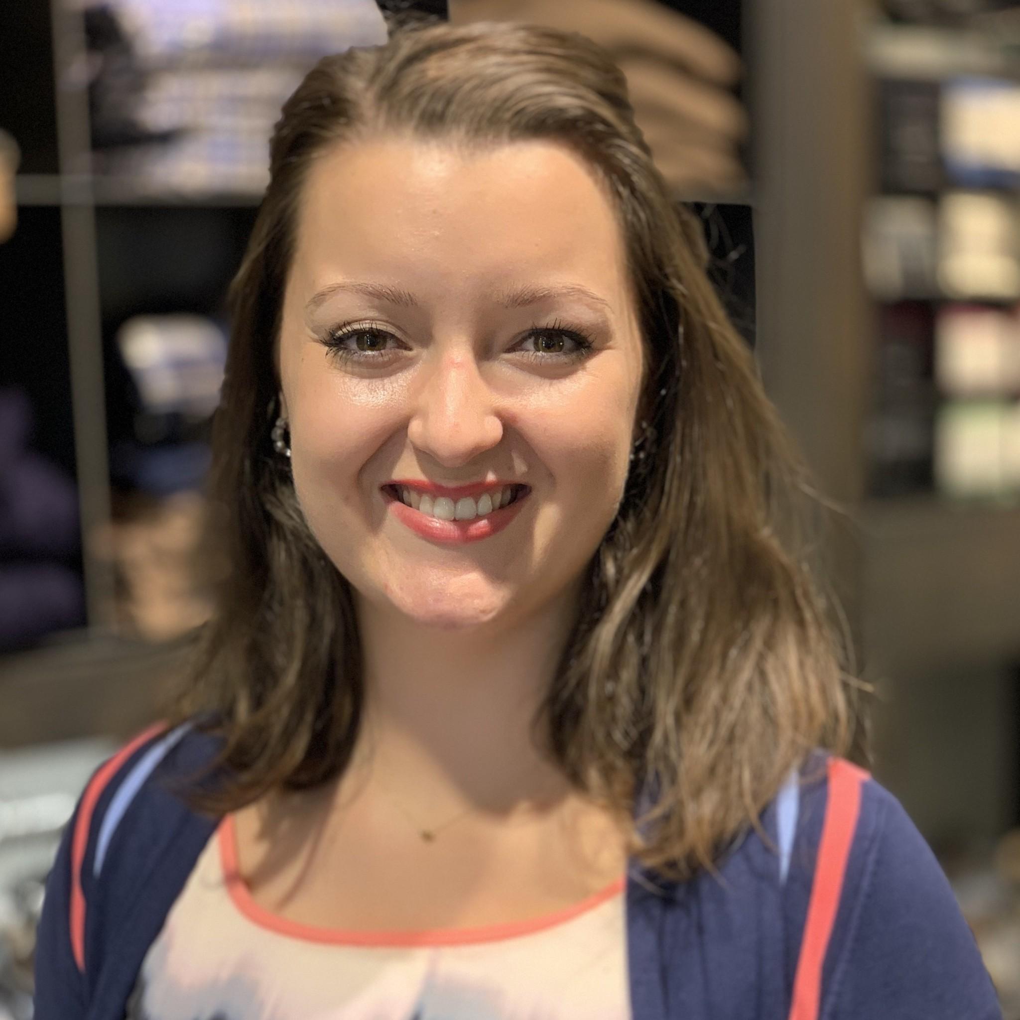 Serena Lemsom - marketing manager