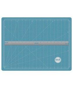 We R Memory Keepers Magnetic Mat & Ruler
