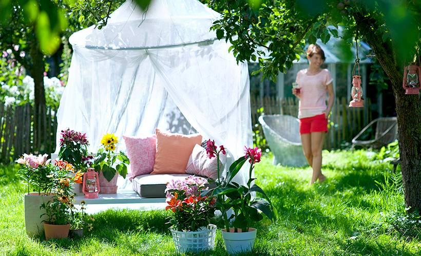 Baignoire et terrasse jardin