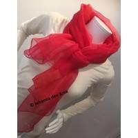 Rode handbeschilderde zijden sjaal