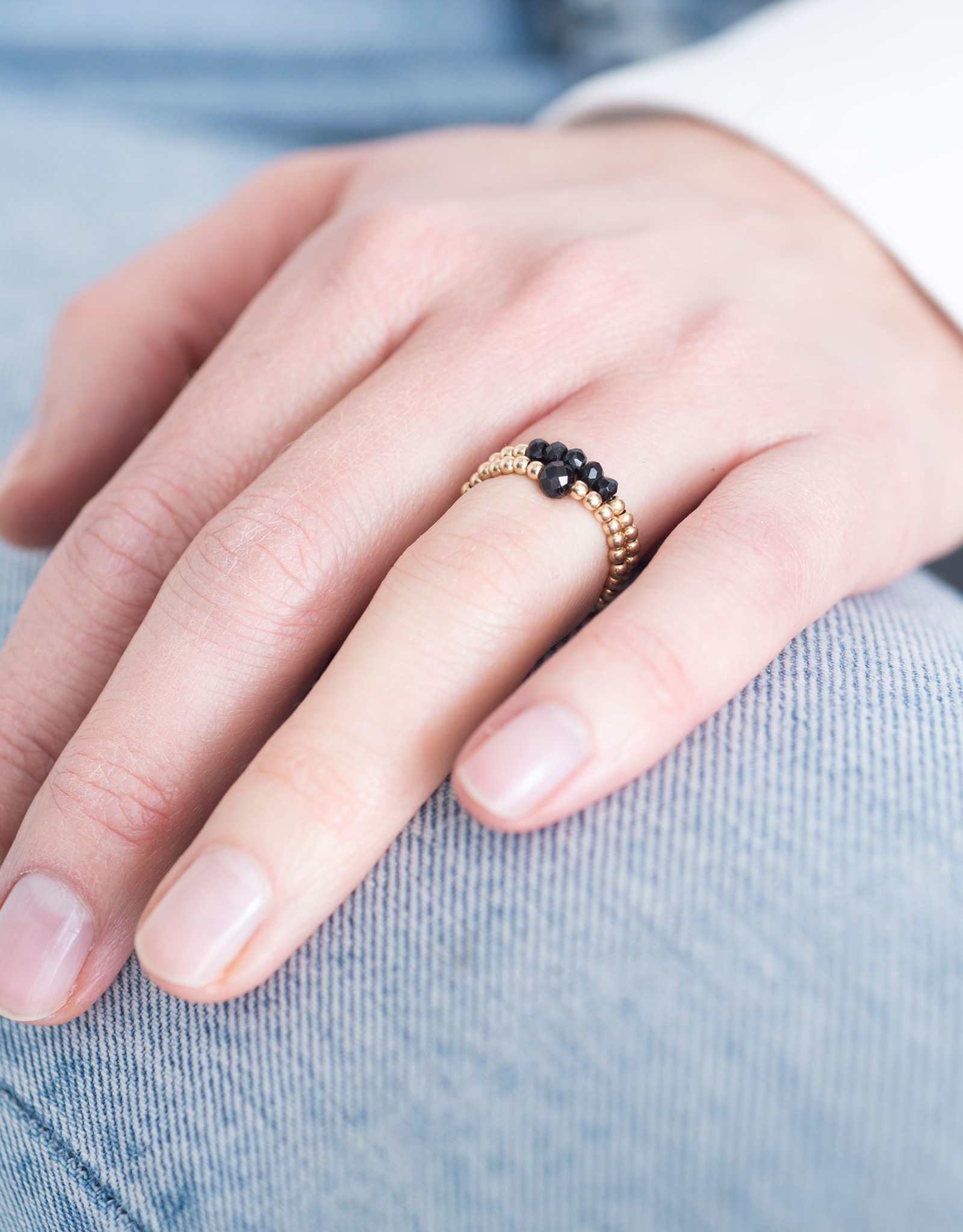 A Beautiful Story Ring 'Beauty' - Black Onyx Gold