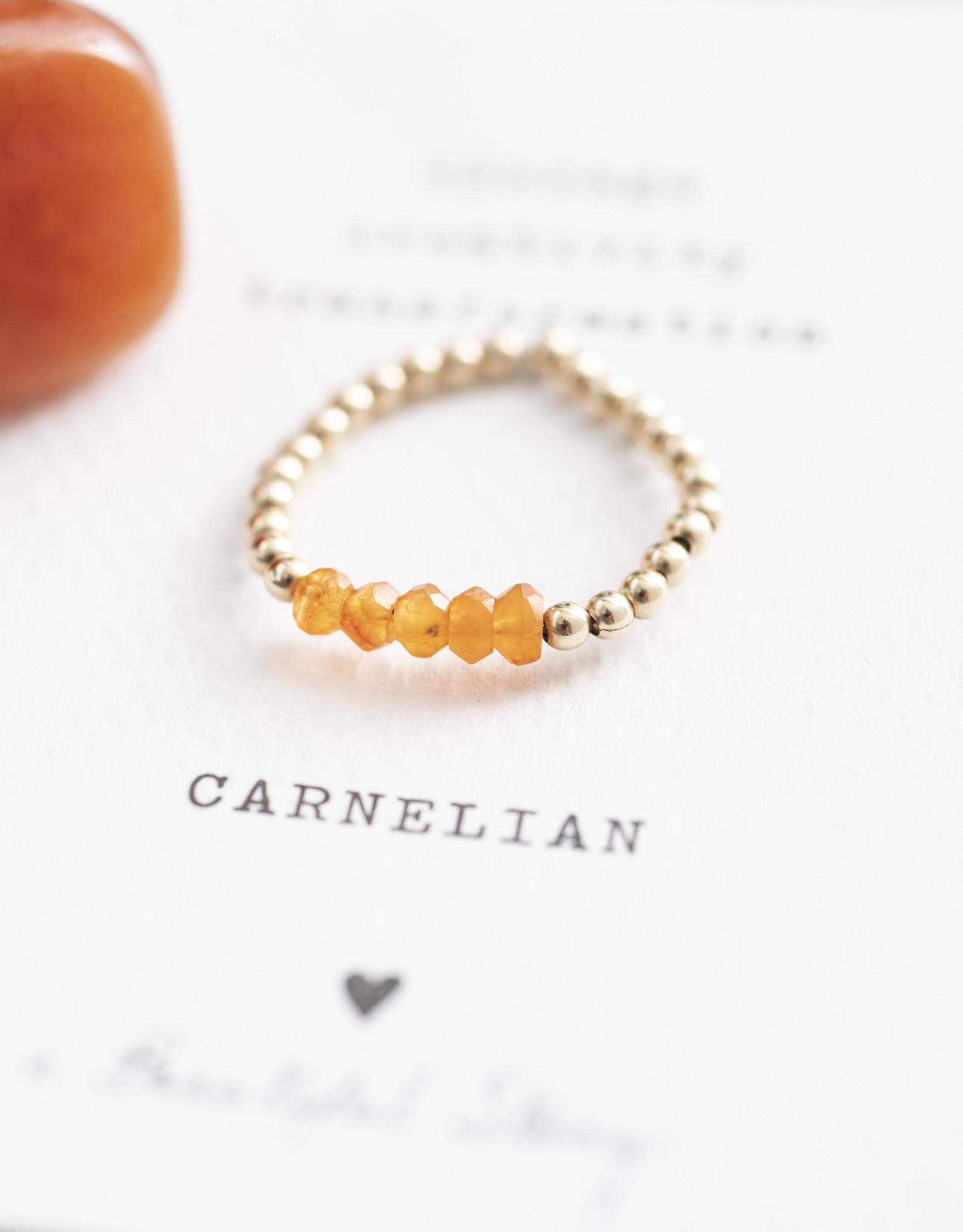 A Beautiful Story Ring 'Beauty' - Carnelian Goud