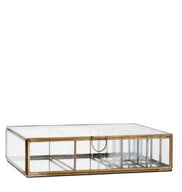 Madam Stoltz Glazen Box