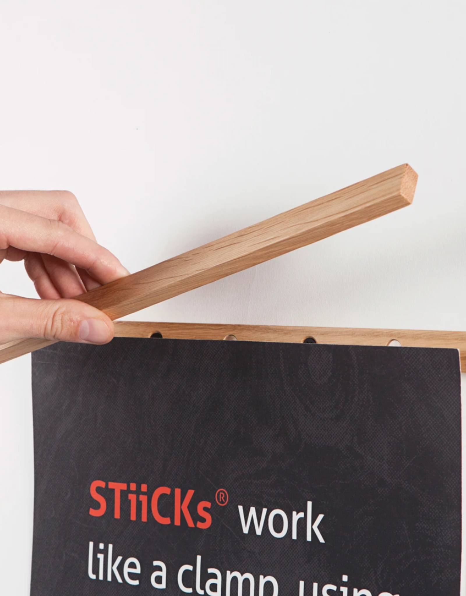 Paper Collective Magnetic Frame Sticks 53 cm