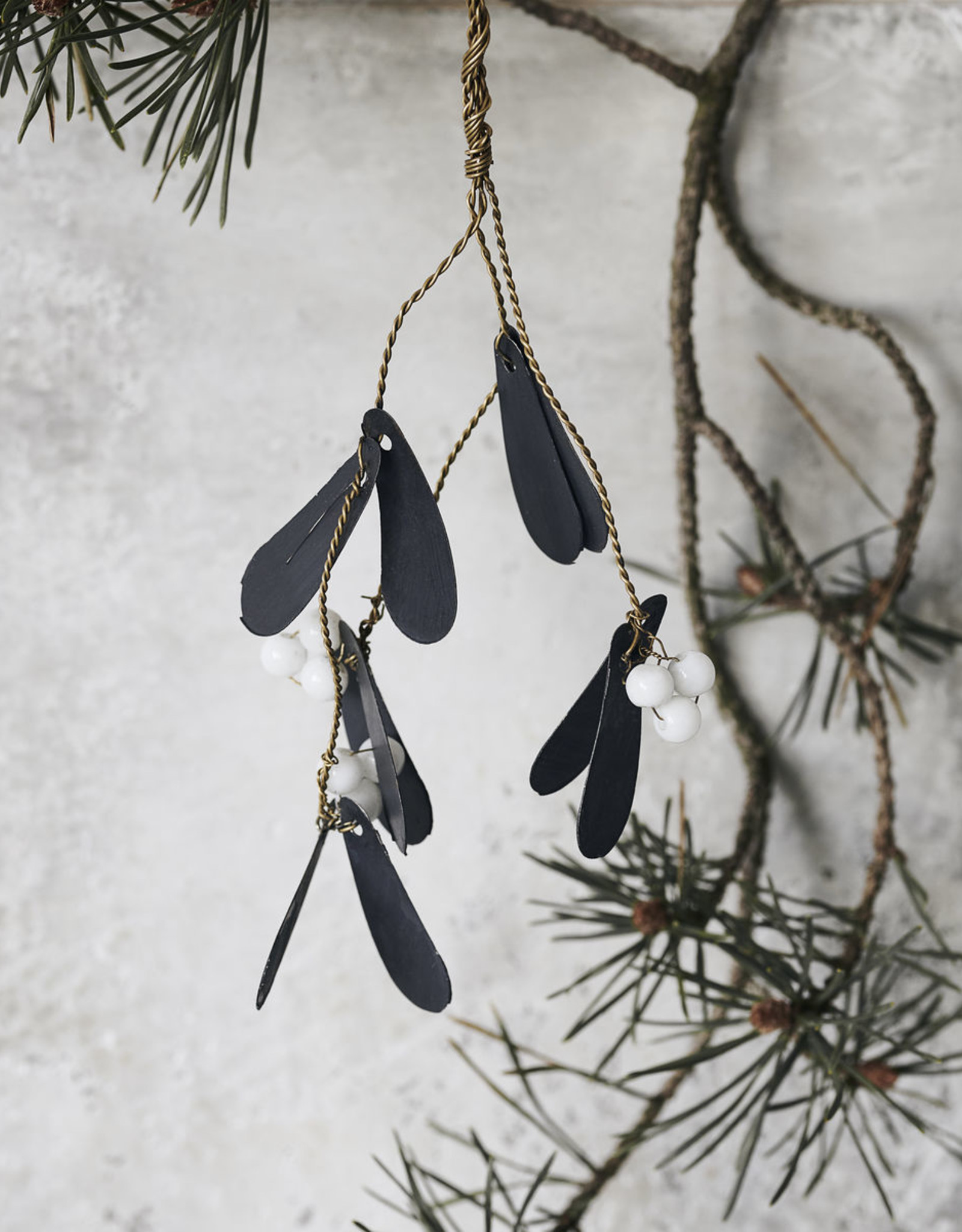 House Doctor Mistletoe takje zwart met kralen