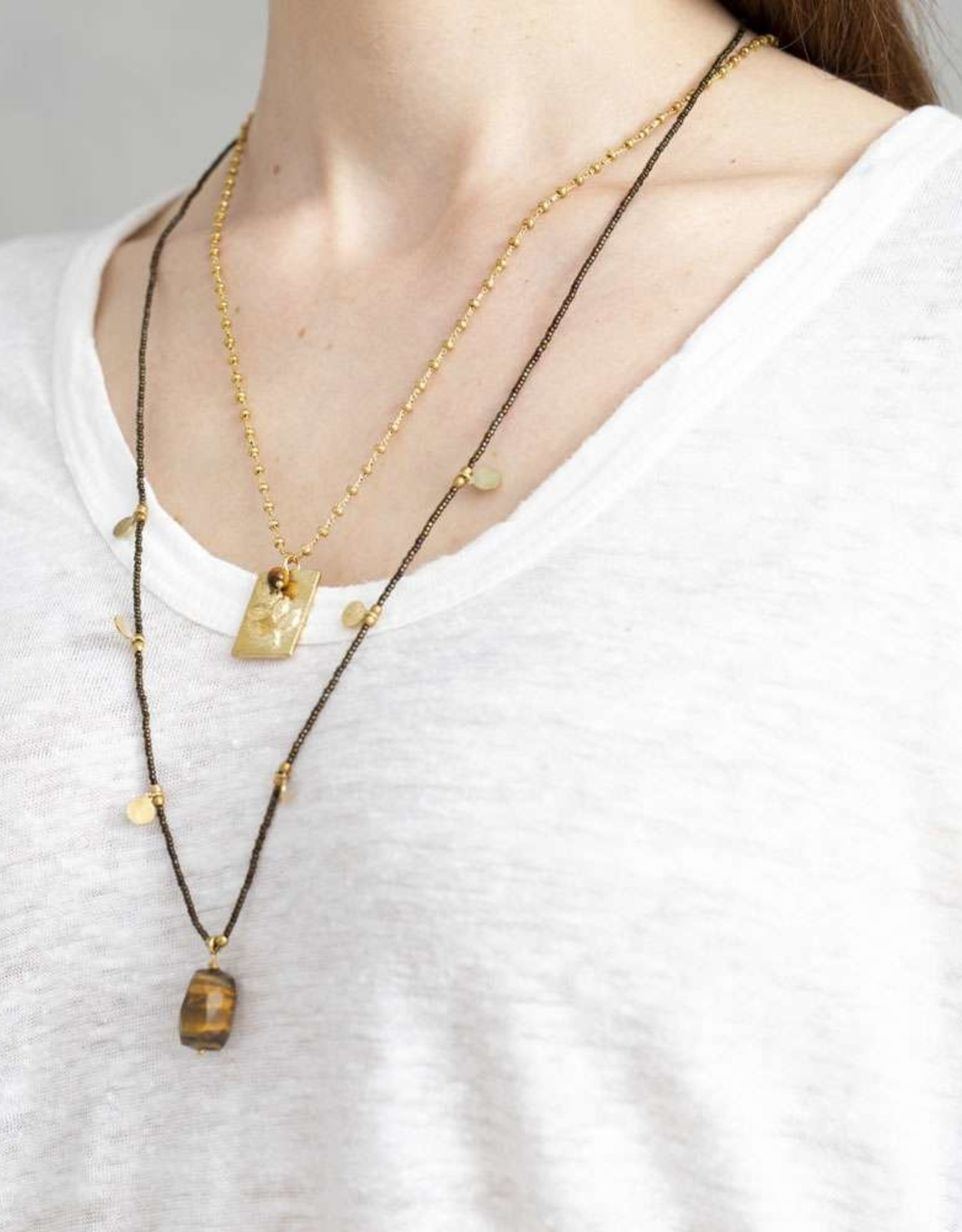 A Beautiful Story Charming Tiger Eye Gold Necklace