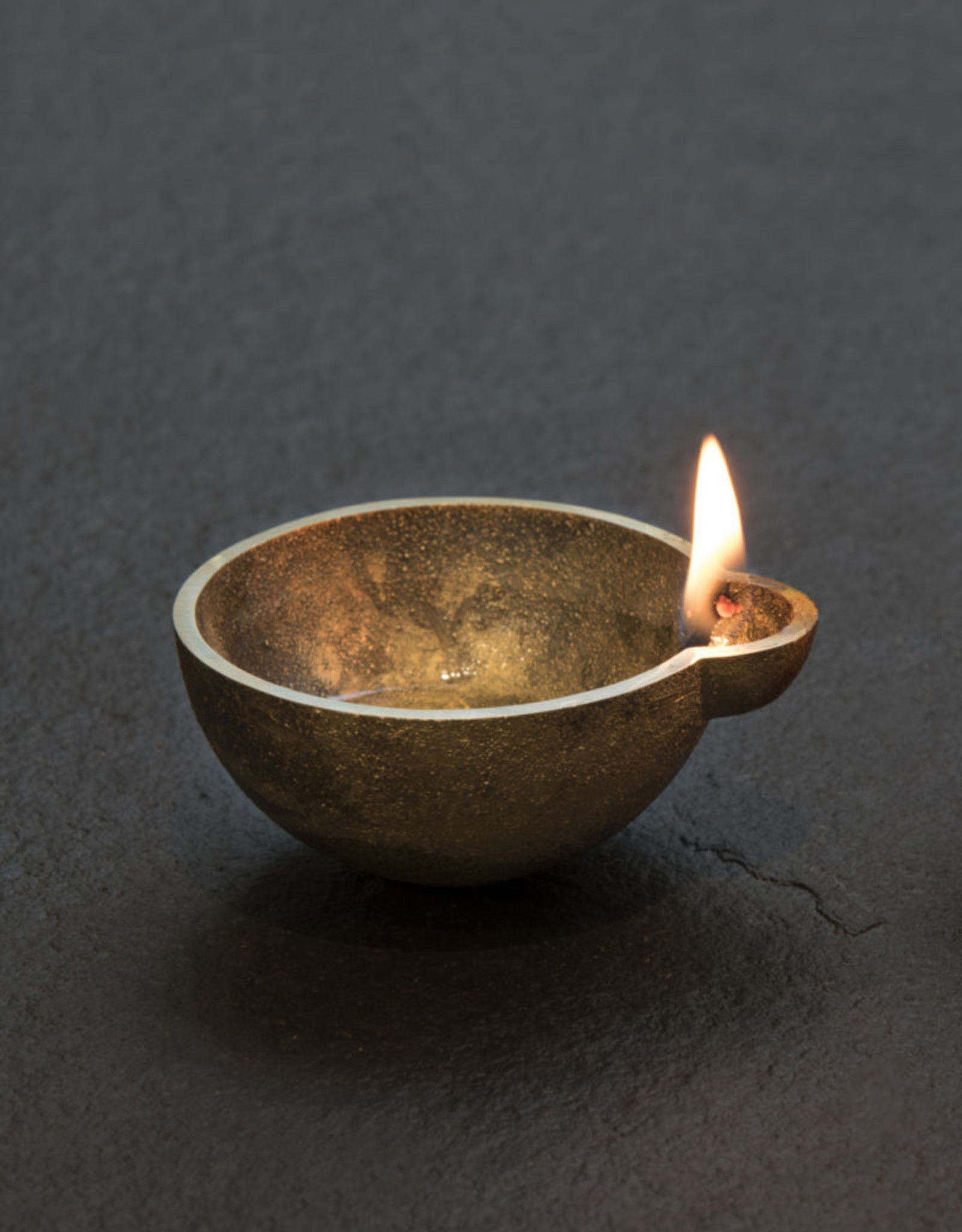 Case Goods Diya set brass