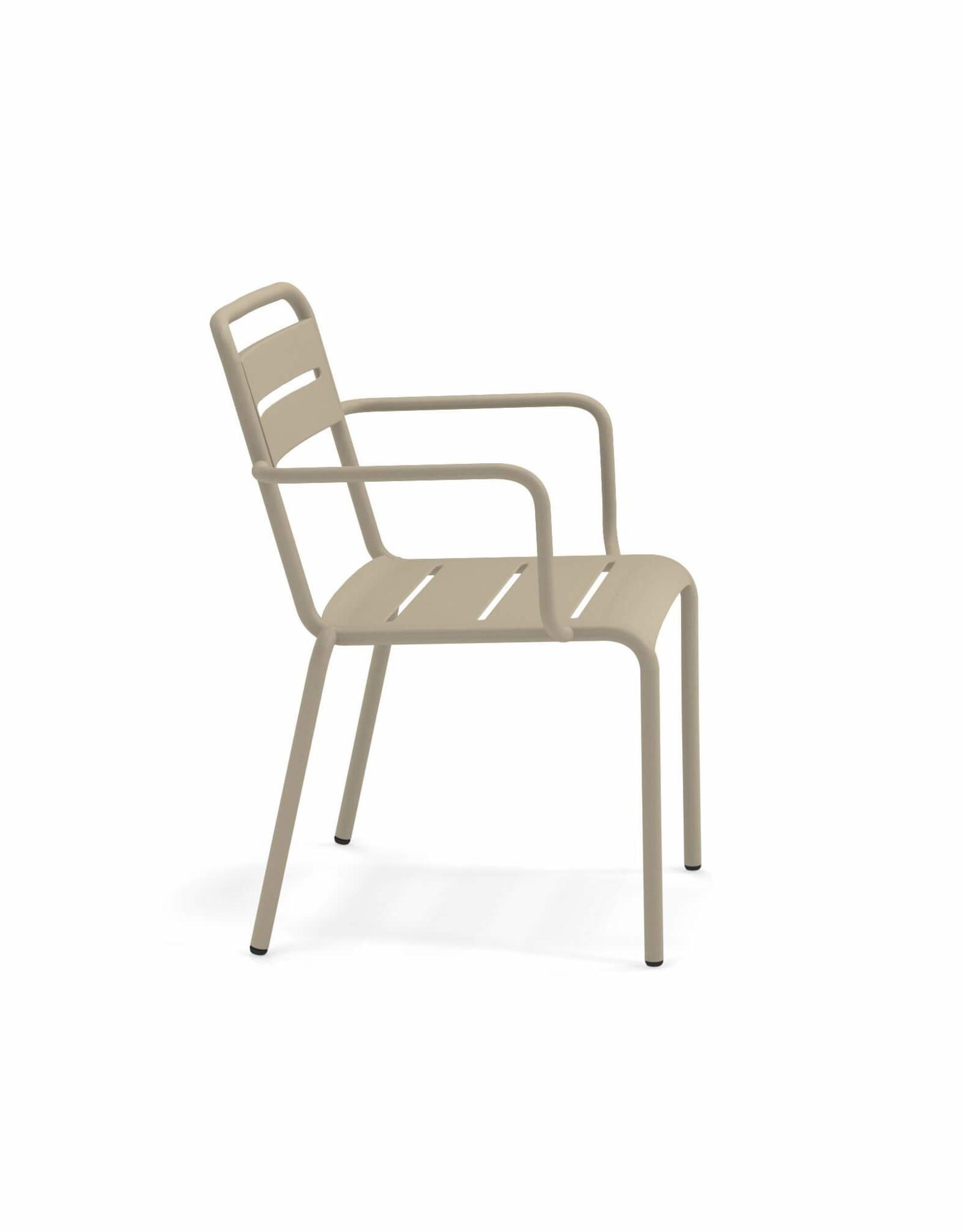 EMU 'Star' stoel met leuningen