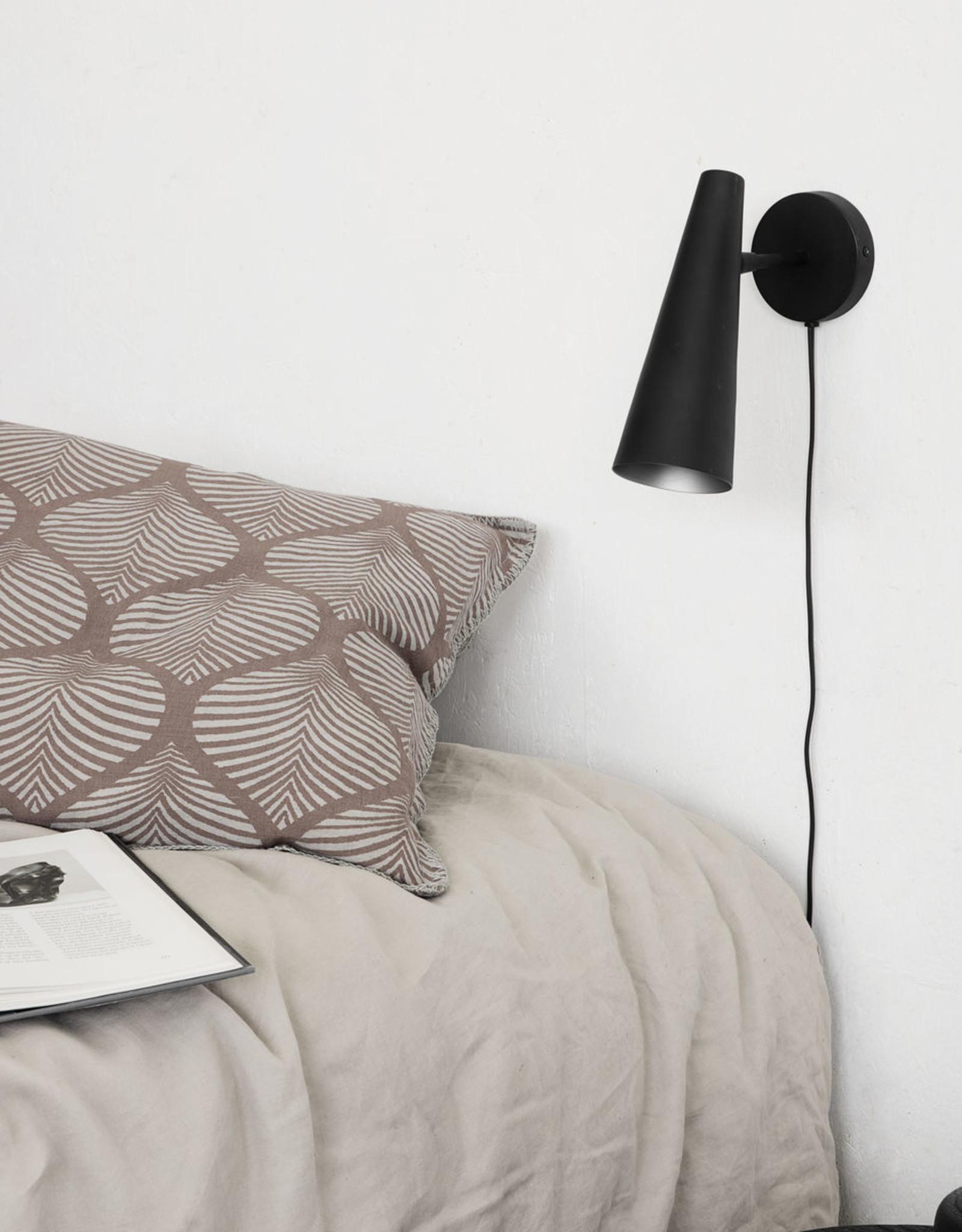 House Doctor wandlamp 'Precise' mat zwart