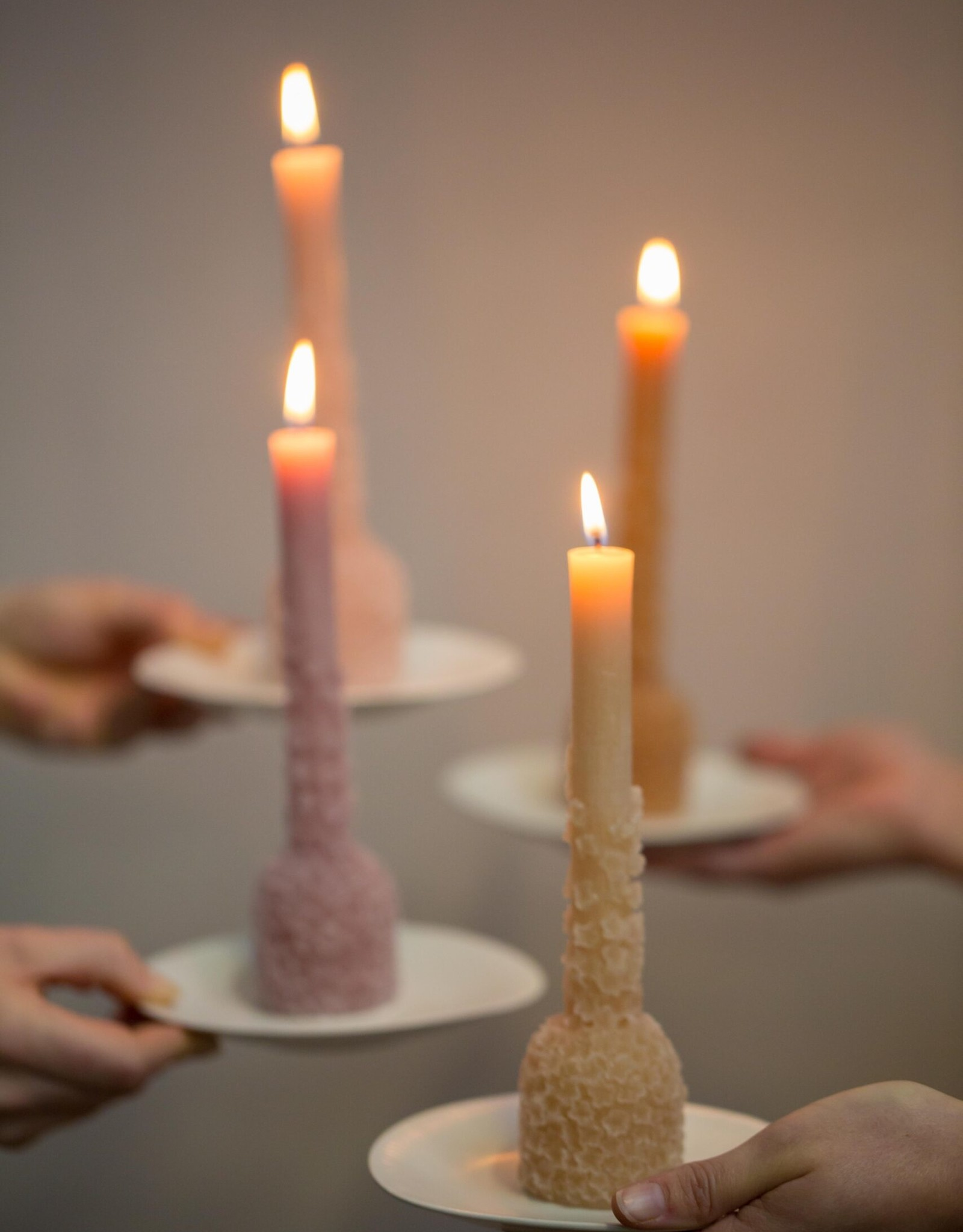 Rustik Lys Sculpture candle 'Bloom' - caramel