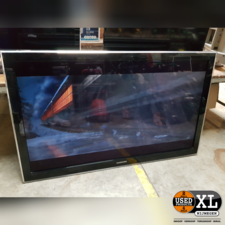 Samsung 47 inch LCD TV   Nette Staat