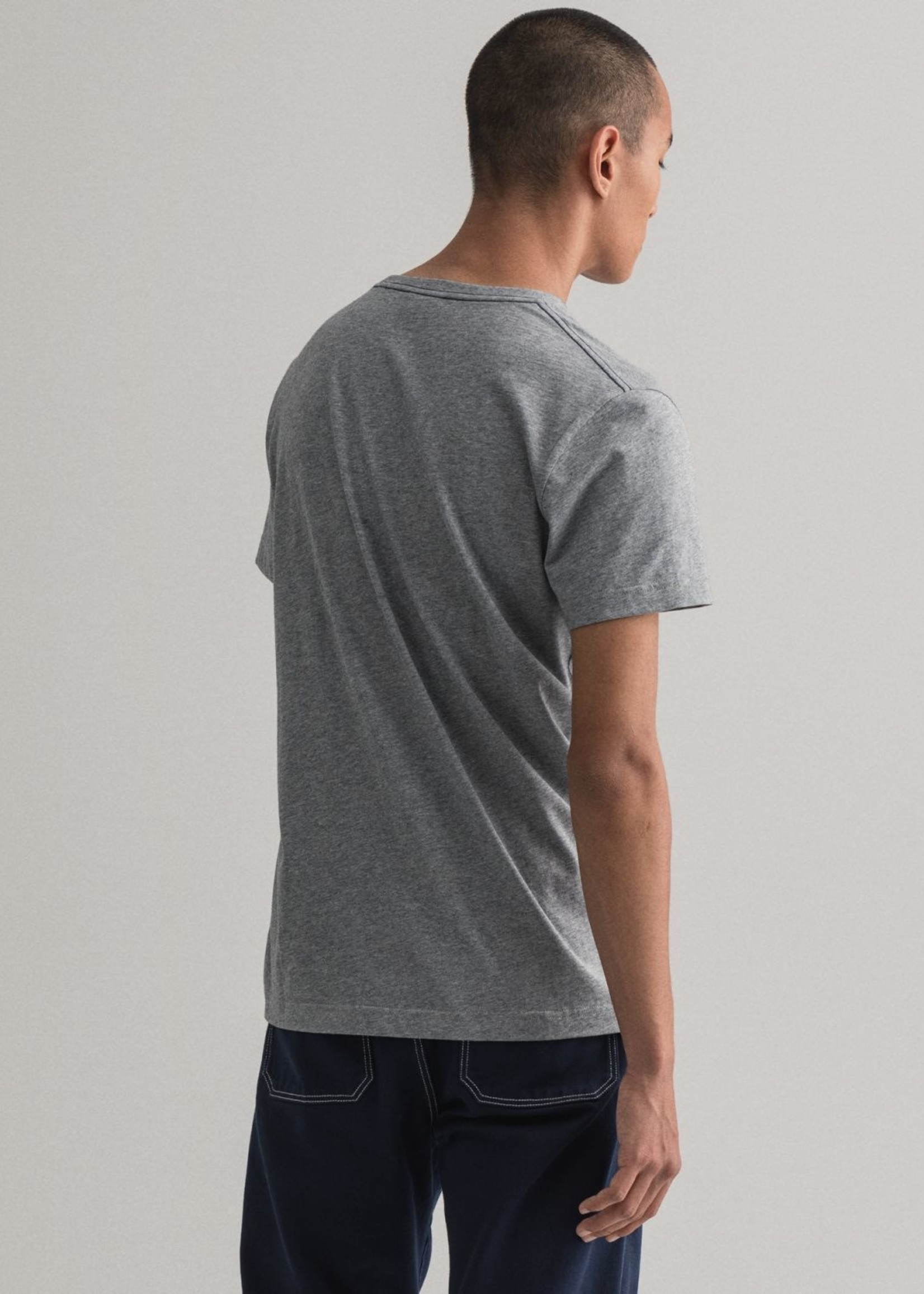 GANT Arch Outline T-shirt | Grijs | GANT