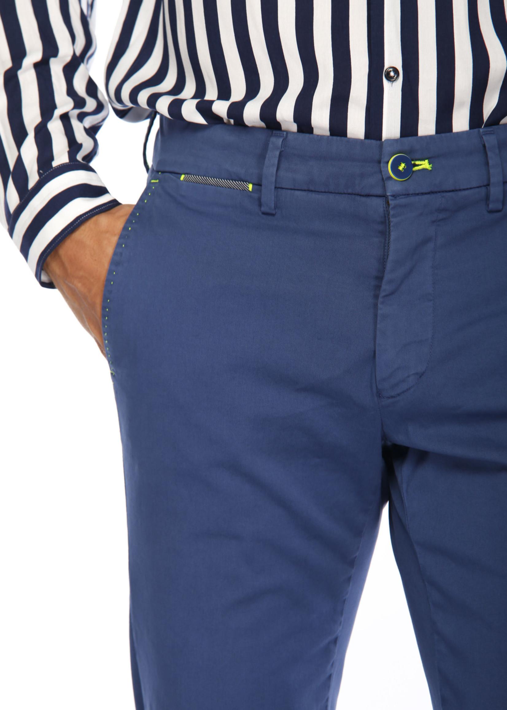 Mason's Pantalon en satin stretch et détails fluo coupe slim Torino Ocean | Bleu indigo | Mason's