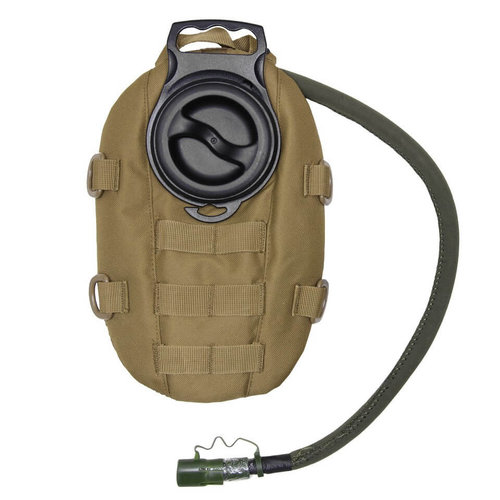 101 Inc. 101 Inc. Waterpack with 1.5 Ltr. Waterbladder : Coyote Bruin