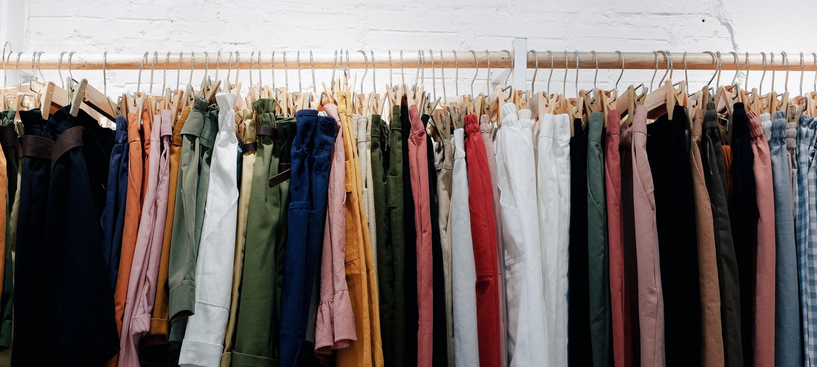 6x kledingitems die je als kleine vrouw moet hebben