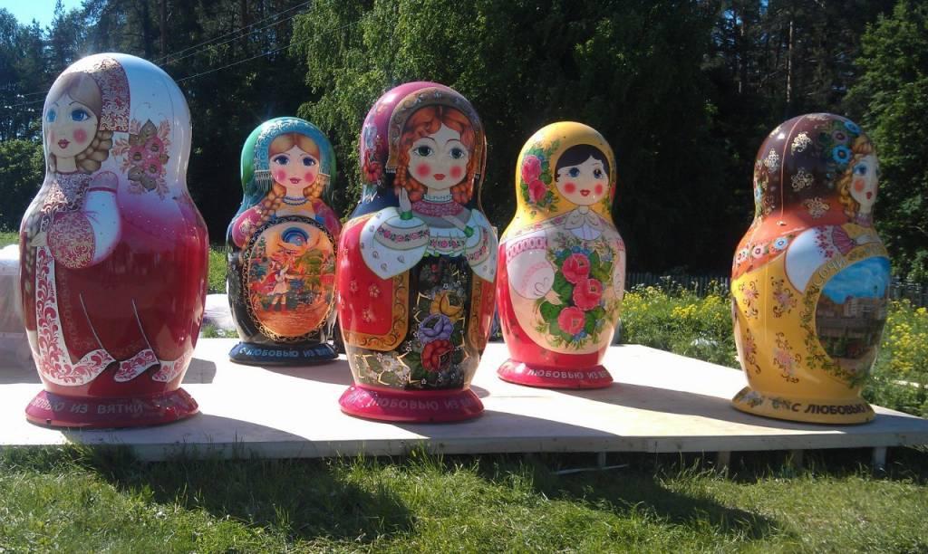 SPLENDOR Stor russisk dukke   0,80 - 1,20 -1,60-2,40 og 3,0 meter høy