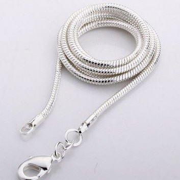 Albast met zilveren hanger, Cartier sluiting en kadozakje