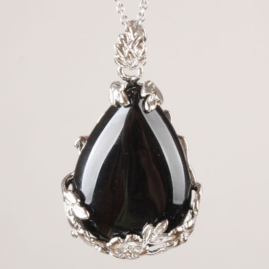 Black teardrop onyx with silver pendant
