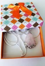 Colgante de plata de cuarzo rosa