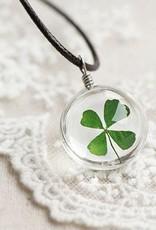 Crowdfunding heldig firkløver medaljong (sølv / skinn / krystall)