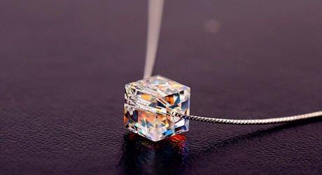 Faset su damlası kristal kolye gümüş
