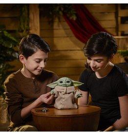Hasbro STAR WARS Electronic Figure Animatronic 25cm - The Mandalorian: The Child