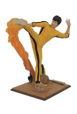Diamond Select BRUCE LEE Figure 25cm - Bruce Lee Kicking