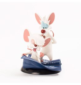 Quantum Mechanix PINKY AND THE BRAIN Q-Fig 10cm - Taking Over The World