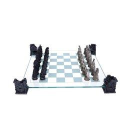 Nemesis Now VAMPIRE & WEREWOLF Chess Set