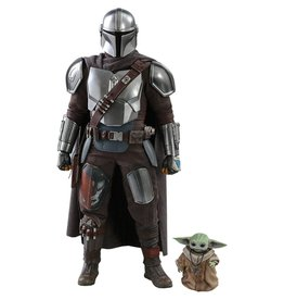 Hot Toys STAR WARS  Action Figure 1/6  Scale 30cm - The Mandalorian:  The Mandalorian & The Child