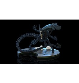 Quantum Mechanix ALIEN Q-Fig Max Elite - Alien Queen